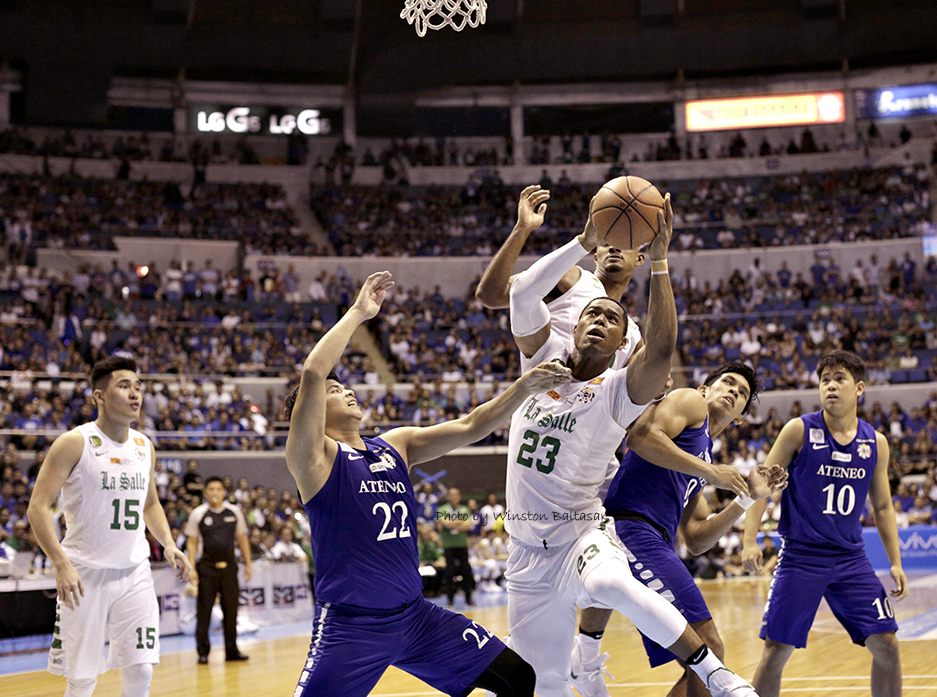 _P2A8940 Big Ben Mbala wins the scramble for the rebound