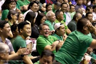 JJ Atayde and the DLSU faithful enjoying the game