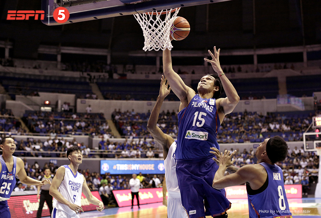 _P2A9865 June Mar Fajardo dominates in the paint